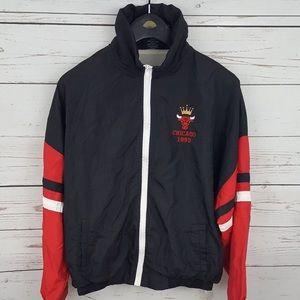 Vintage 90s Chicago Bulls windbreaker jacket